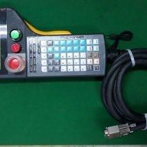 IDEC IZUMI CORP HG1T-SB12UH-A3 PENDANT FOR ULSTA-300 NIKKI DENSO, USED